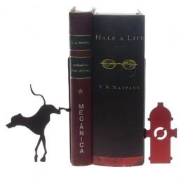Apoio para Livros Cão no Hidrante