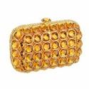 Bolsa Clutch em Metal e Pedras Douradas