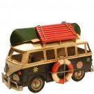 Miniatura de Kombi Verde com Canoa no Teto