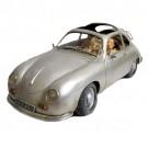 Porsche Prata com Casal
